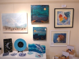 Cotswold Craftsmen Gallery display of art and glass
